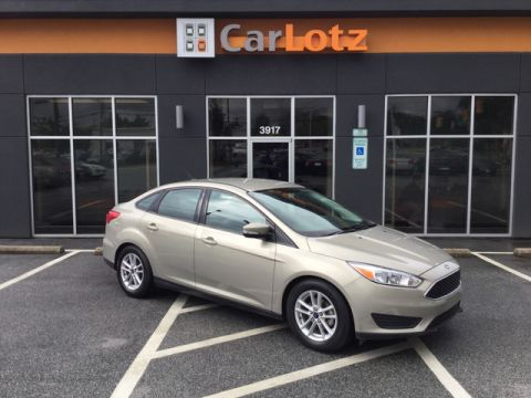2016 Ford Focus SE Front Wheel Drive Sedan