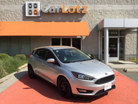 2016 Ford Focus SE Front Wheel Drive Hatchback