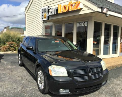 Pre-Owned 2005 Dodge Magnum RT