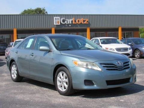 2011 Toyota Camry LE Front Wheel Drive Sedan