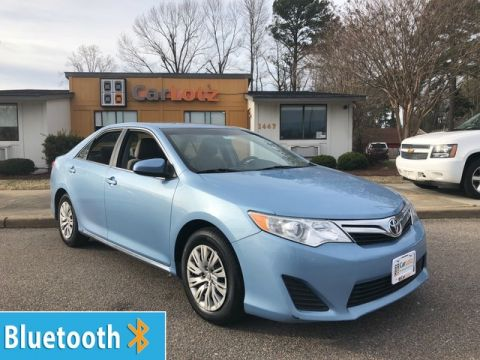 2014 Toyota Camry LE Front Wheel Drive Sedan