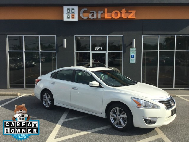 ... Front Wheel Drive Sedan. Pre Owned 2015 Nissan Altima 2.5 SV