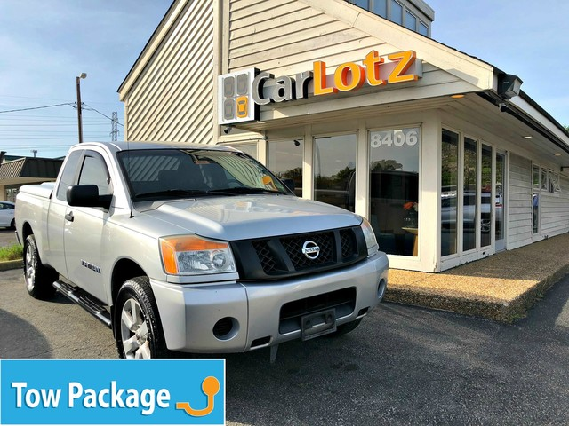 Pre-Owned 2009 Nissan Titan SE