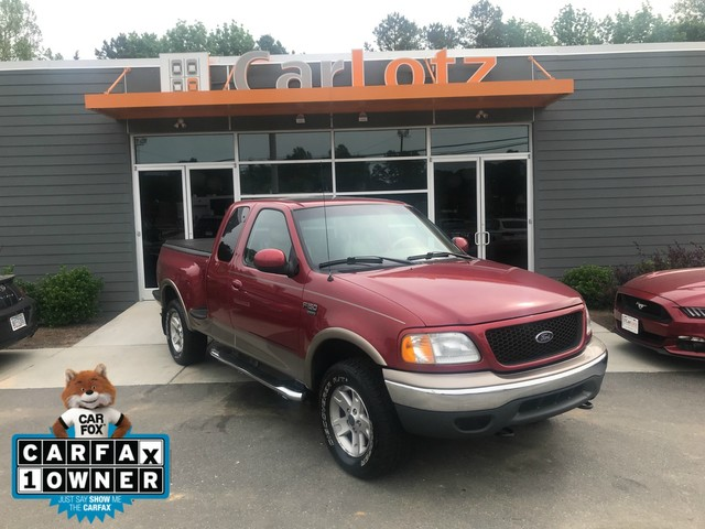 Pre-Owned 2002 Ford F-150 Lariat
