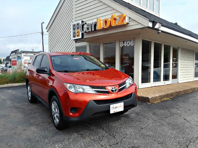 Pre-Owned 2015 Toyota RAV4 LE FWD