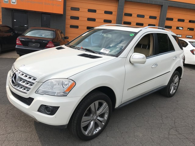 Pre-Owned 2010 Mercedes-Benz M-Class ML 350