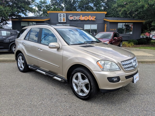 Pre-Owned 2006 Mercedes-Benz M-Class 5.0L