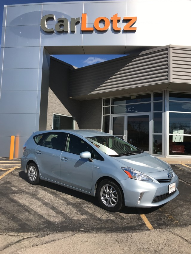 Pre-Owned 2012 Toyota Prius v Two