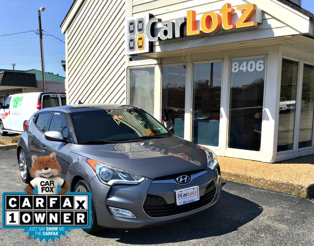 Pre-Owned 2014 Hyundai Veloster