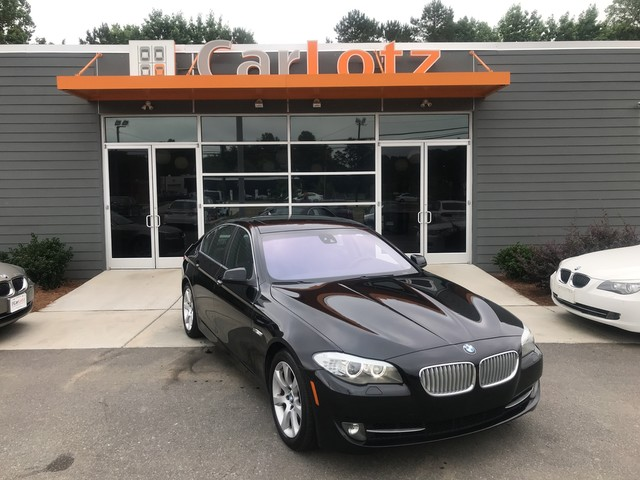 Pre-Owned 2011 BMW 5 Series 550i