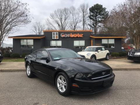 2013 Ford Mustang V6 RWD 2dr Car