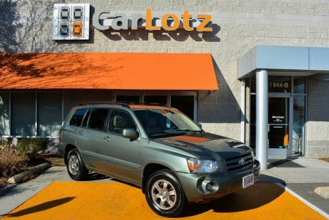 Pre-Owned 2006 Toyota Highlander w/3rd Row